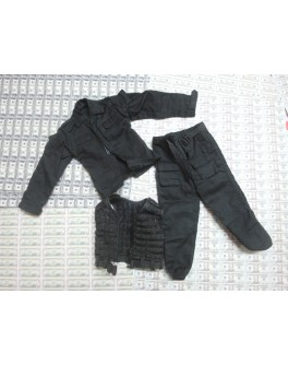 DAMTOYS 78015 Russian Spetsnaz FSB Uniform Set + Vest