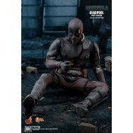 Hot Toys MMS505 1/6 Scale Deadpool Dusty Version