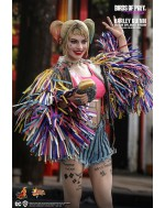 Hot Toys MMS566 1/6 Scale HARLEY QUINN (CAUTION TAPE JACKET VERSION)
