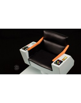QMx Star Trek TOS 1:6 Scale Captain's Chair FX Replica